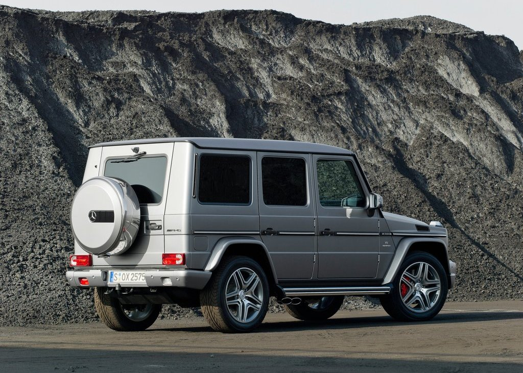 2013 Mercedes Benz G63 AMG Rear Angle (Photo 8 of 8)