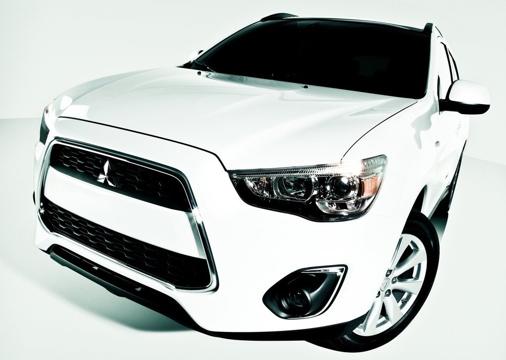 2013 Mitsubishi Outlander Sport (View 4 of 7)