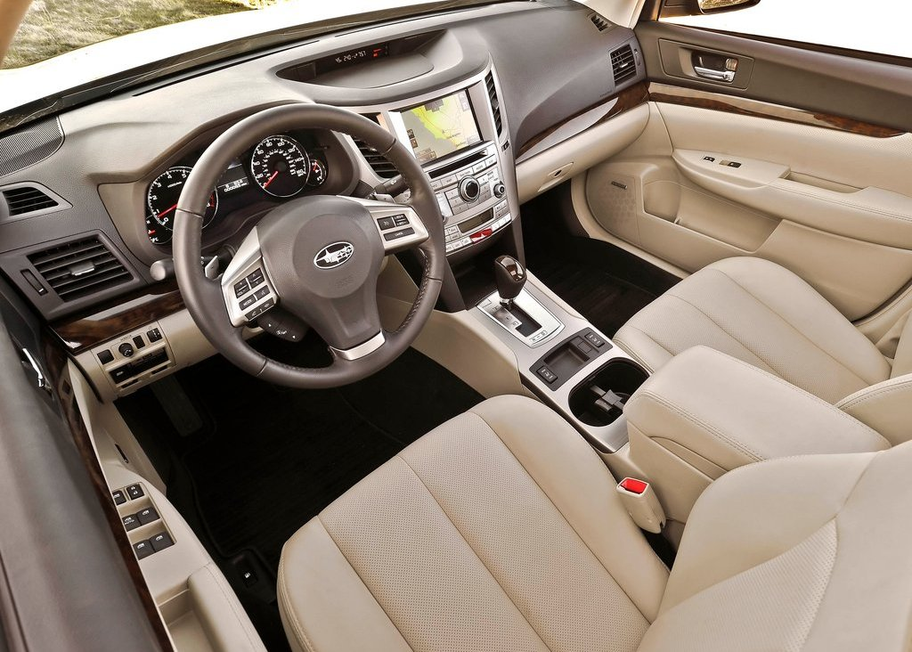 2013 Subaru Legacy Interior (Photo 7 of 8)