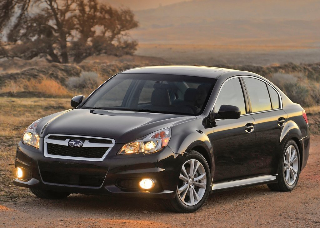 2013 Subaru Legacy (Photo 1 of 8)