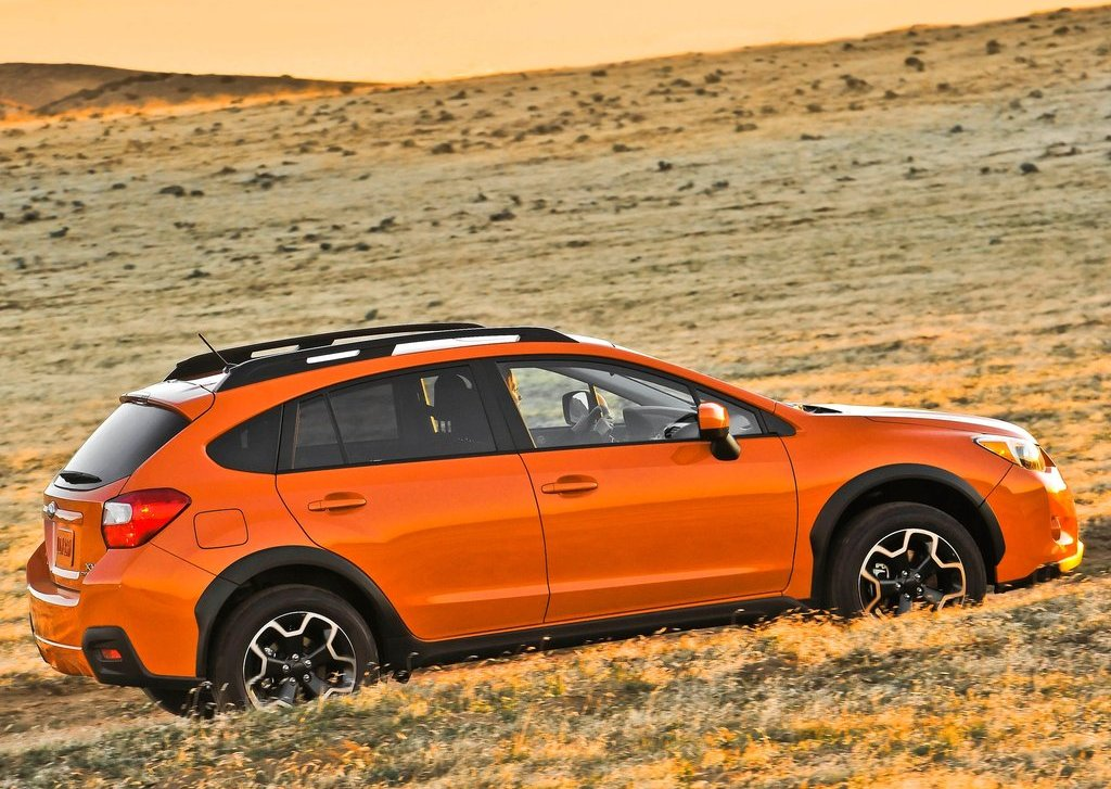 2013 Subaru XV Crosstrek Side (Photo 7 of 7)