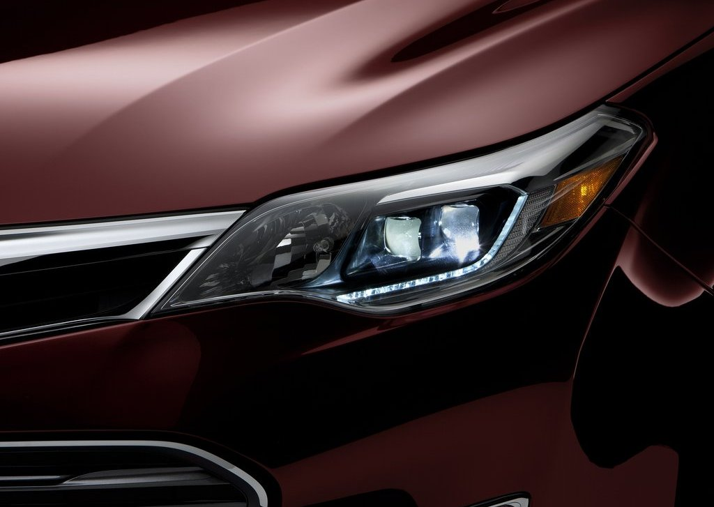 2013 Toyota Avalon Head Lamp (Photo 6 of 12)