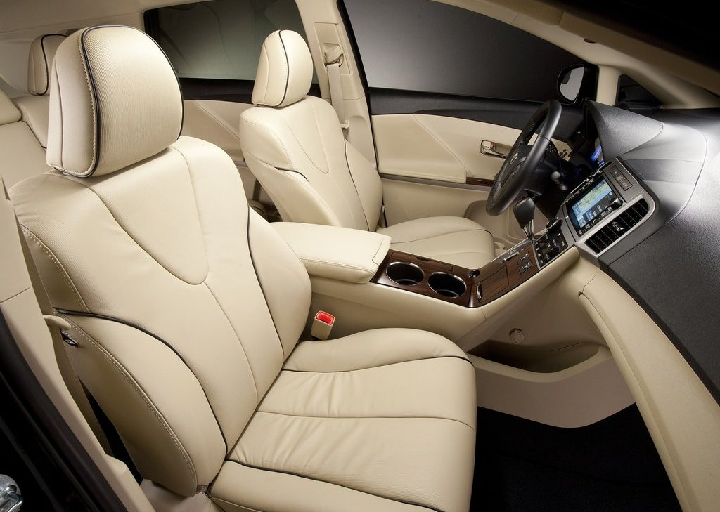 2013 Toyota Venza Interior (View 11 of 25)
