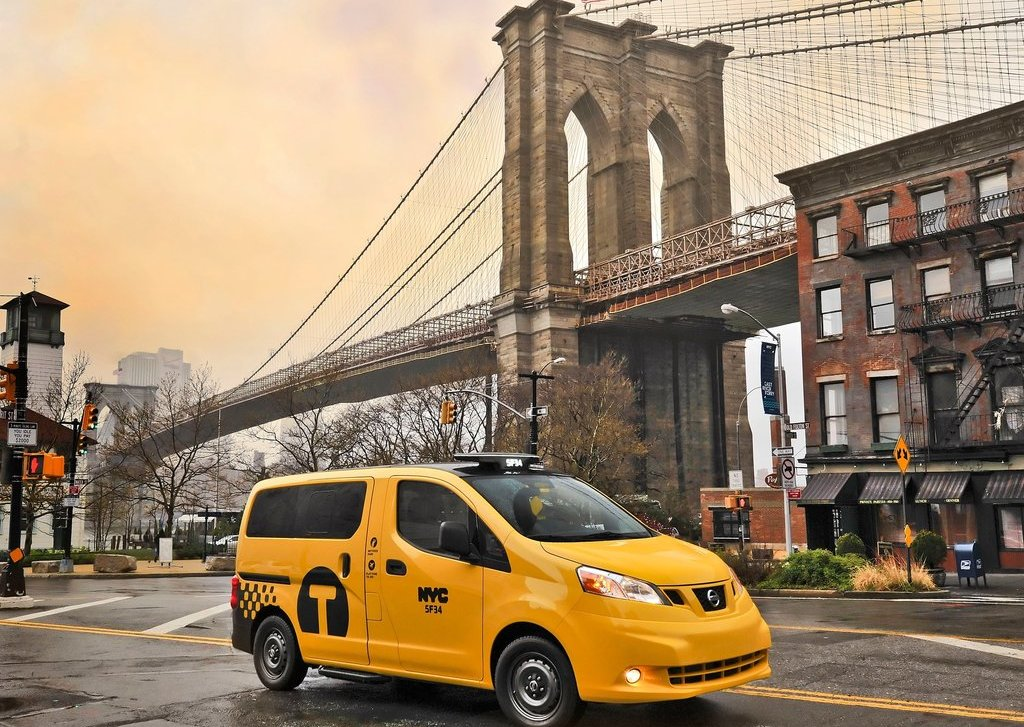 2014 Nissan NV200 Taxi (Photo 1 of 12)