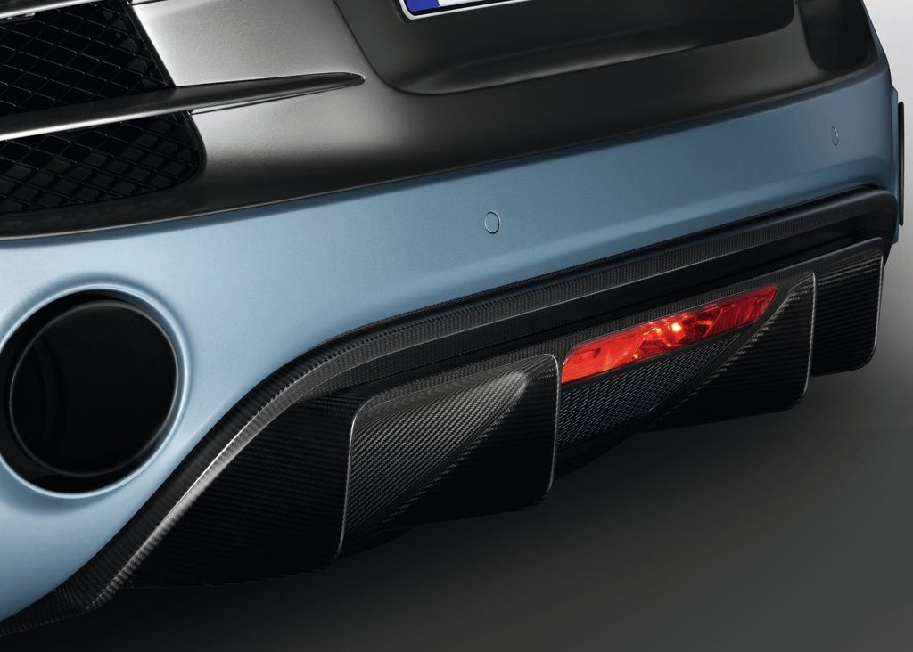 2012 Audi R8 GT Spyder Exhaust (Photo 7 of 24)