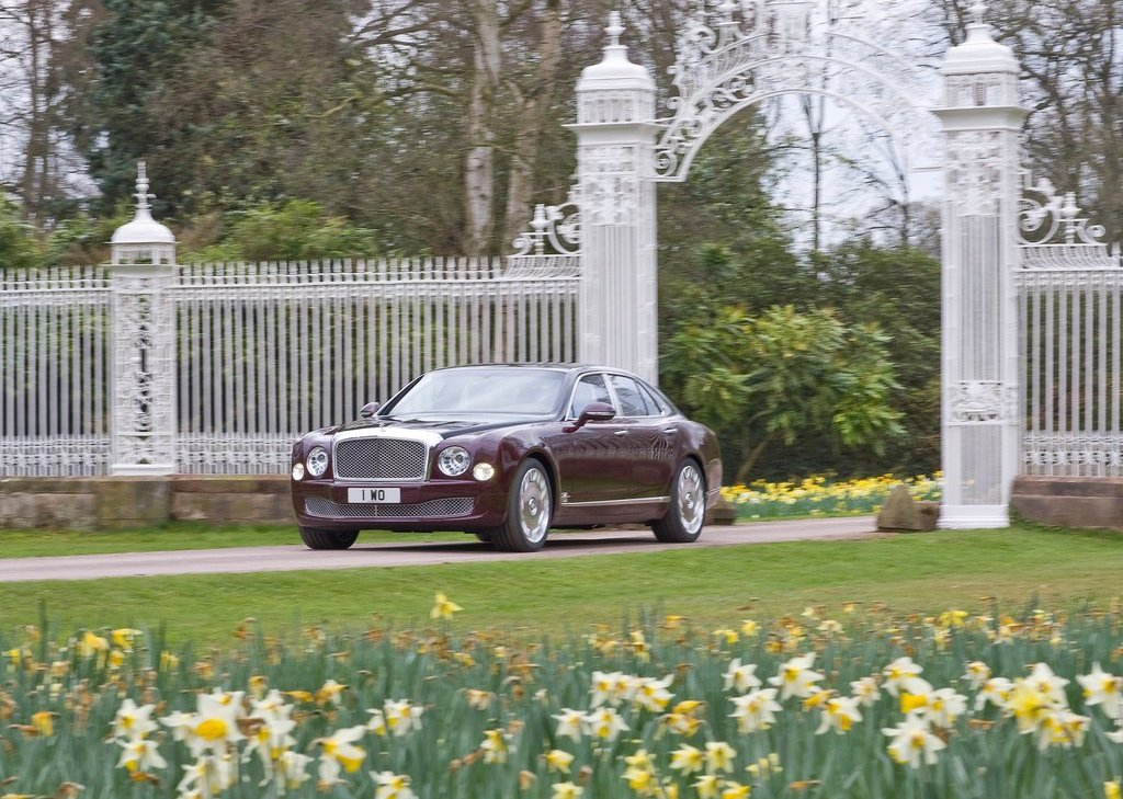 2012 Bentley Mulsanne Diamond Jubilee (Photo 2 of 11)
