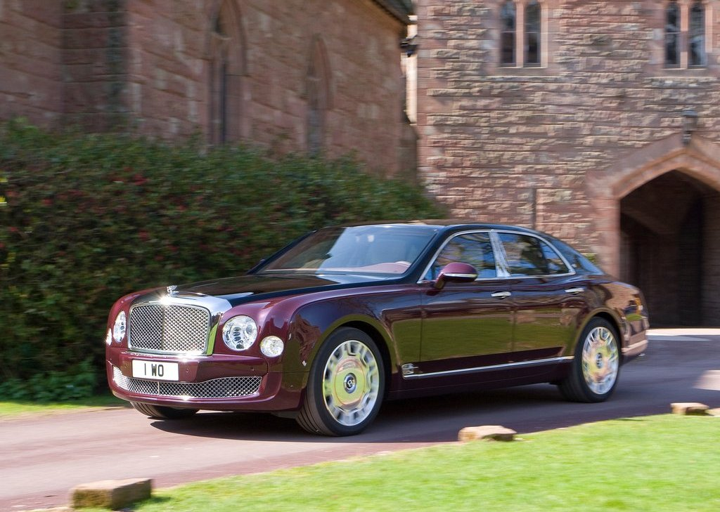 2012 Bentley Mulsanne Diamond Jubilee Front (Photo 6 of 11)