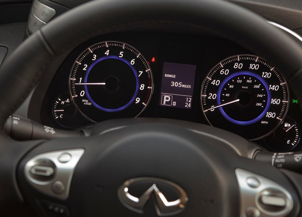 2012 Infiniti FX Speedometer (Photo 9 of 11)