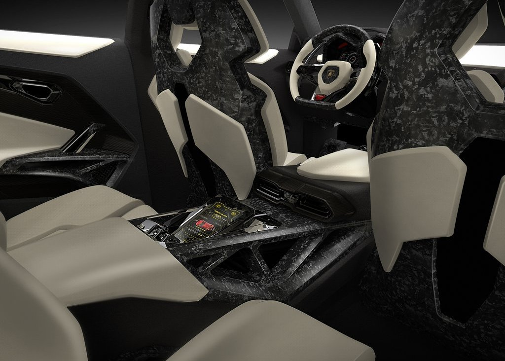 2012  Lamborghini Urus Interior (Photo 3 of 9)