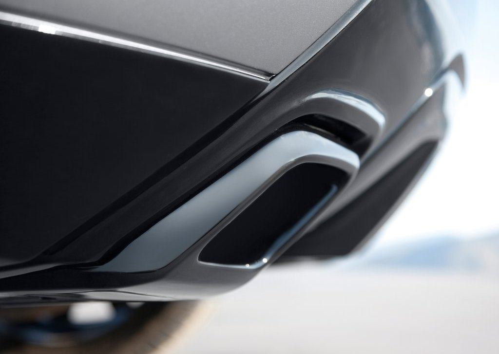 2012 Land Rover Range Rover Evoque Exhaust (Photo 4 of 17)