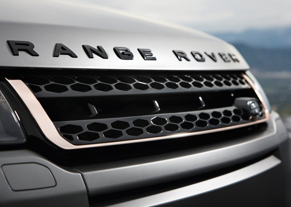 2012 Land Rover Range Rover Evoque Grill (Photo 9 of 17)