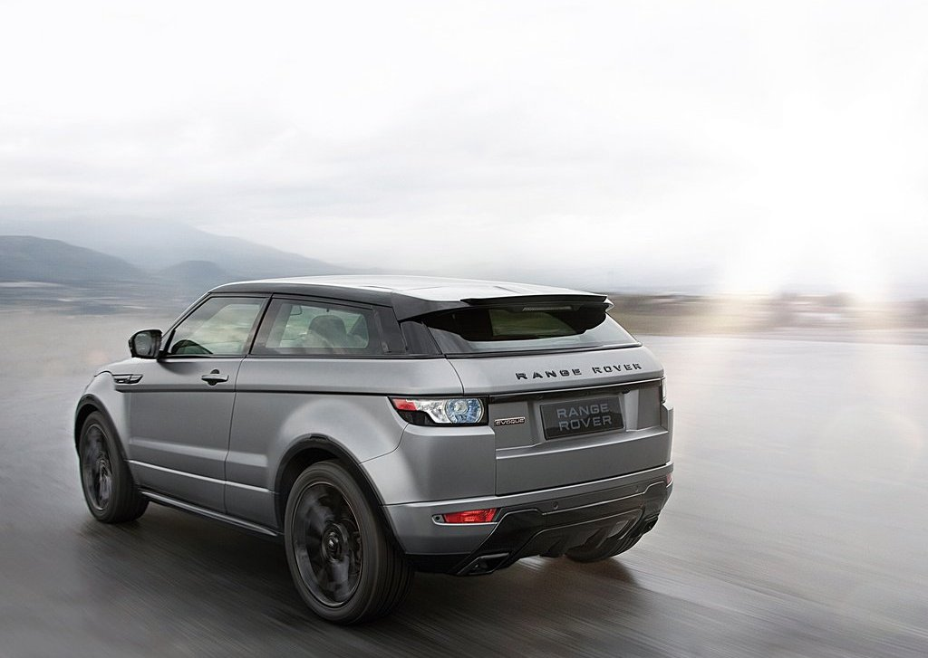 2012 Land Rover Range Rover Evoque Rear Angle (Photo 13 of 17)