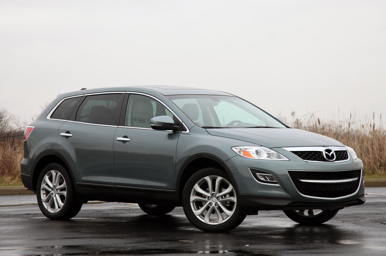 2012 MAZDA CX 9 Front Angle (Photo 9 of 21)