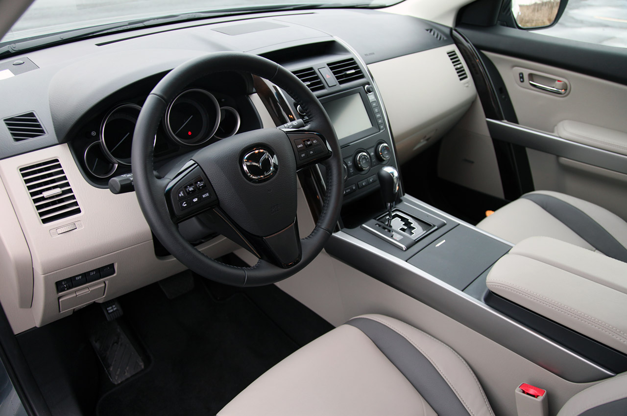 2012 MAZDA CX 9 Interior (Photo 12 of 21)