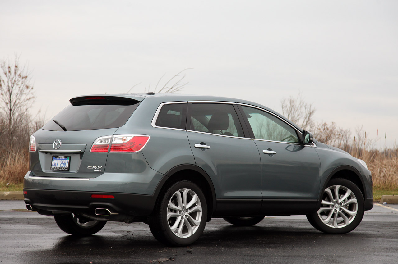 2012 MAZDA CX 9 Rear Angle (Photo 15 of 21)