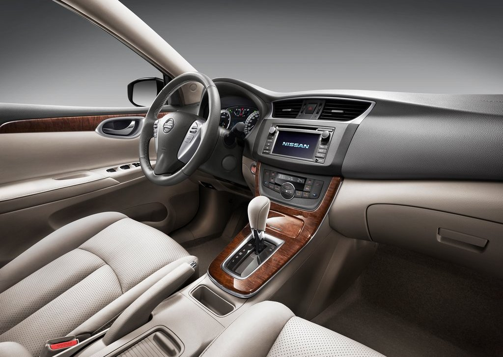 2012 Nissan Sylphy Interior (Photo 5 of 8)