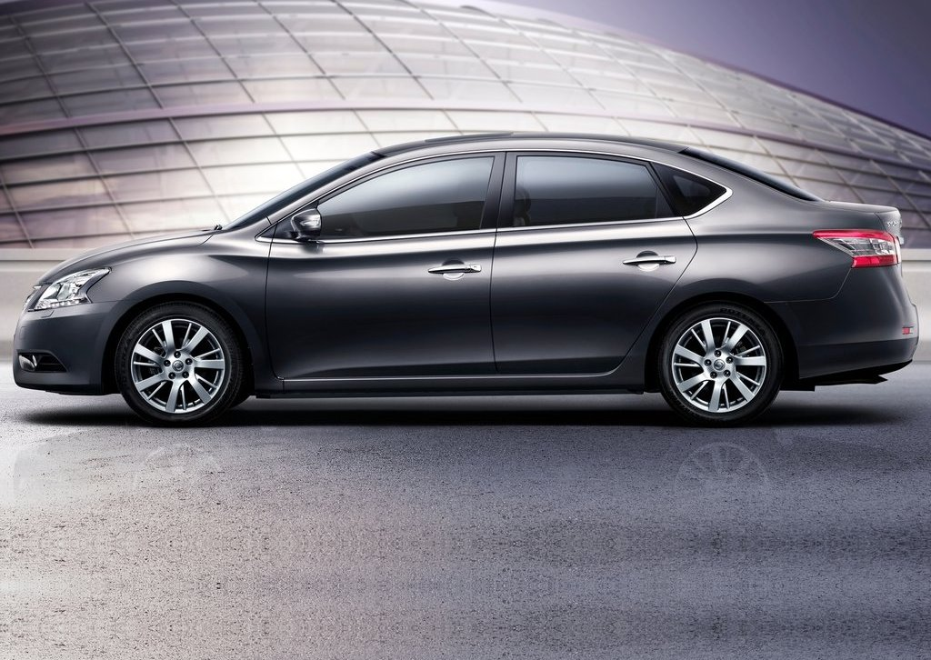 2012 Nissan Sylphy Side (Photo 8 of 8)