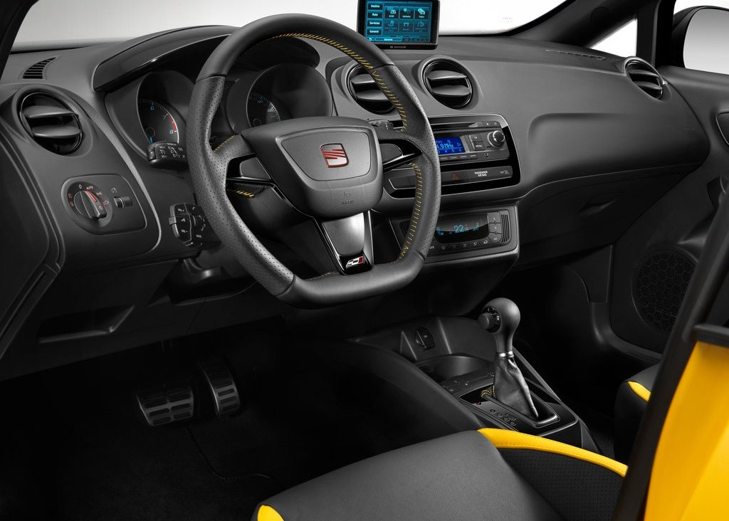 2012 Seat Ibiza Cupra Interior (Photo 3 of 8)