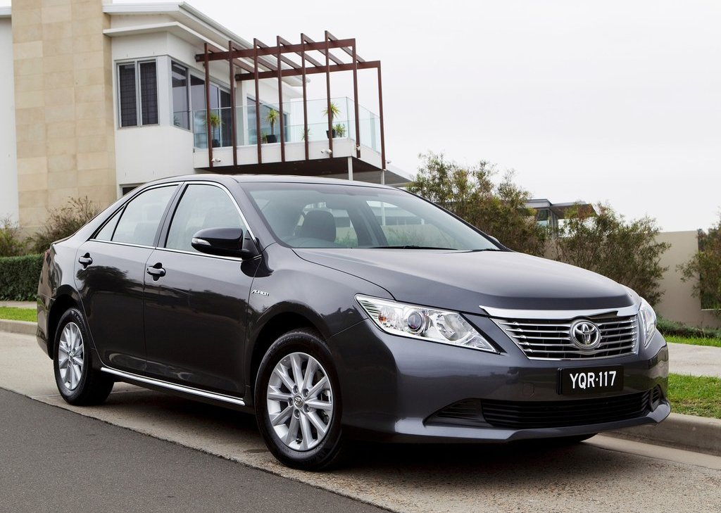 2012 Toyota Aurion (Photo 1 of 25)