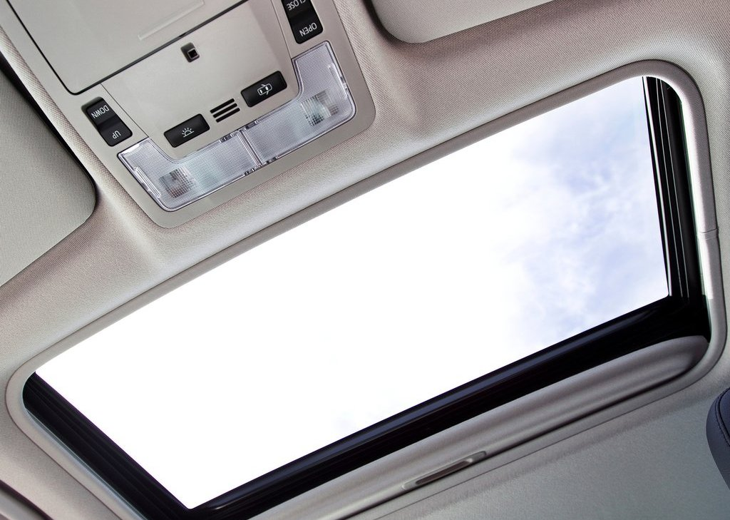 2012 Toyota Aurion Sunroof (Photo 24 of 25)