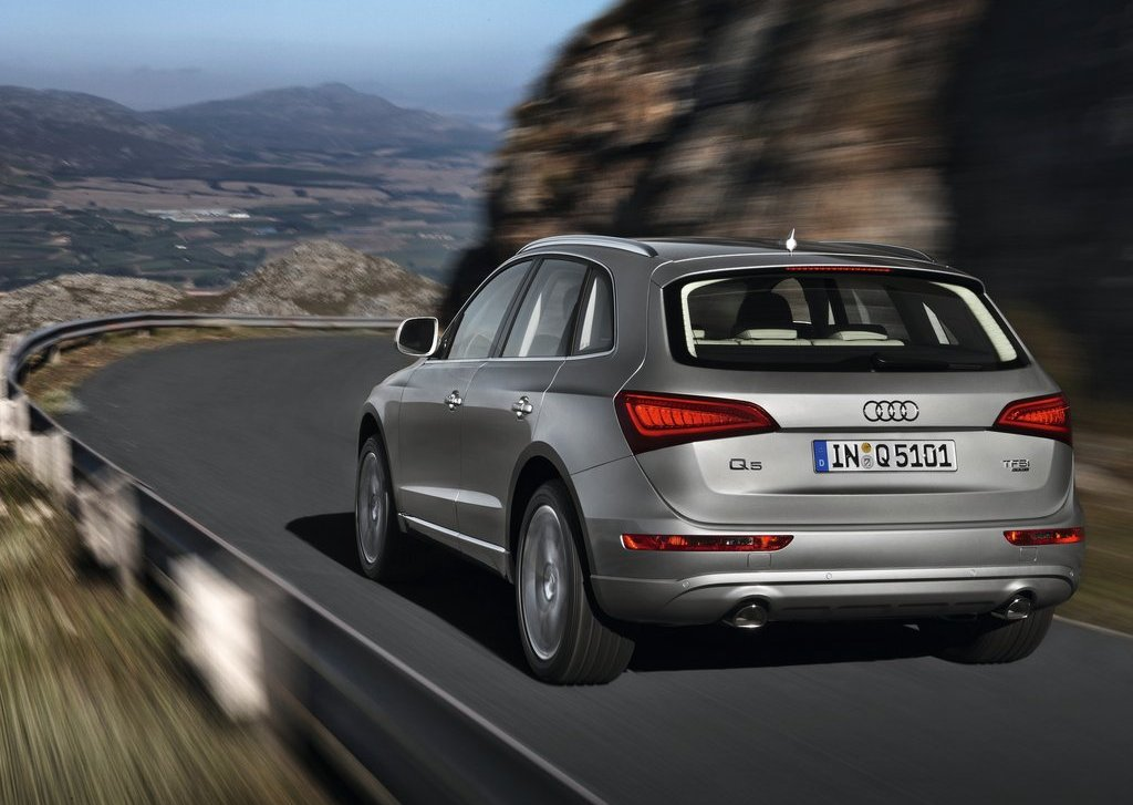 2013 Audi Q5 Rear (Photo 12 of 20)