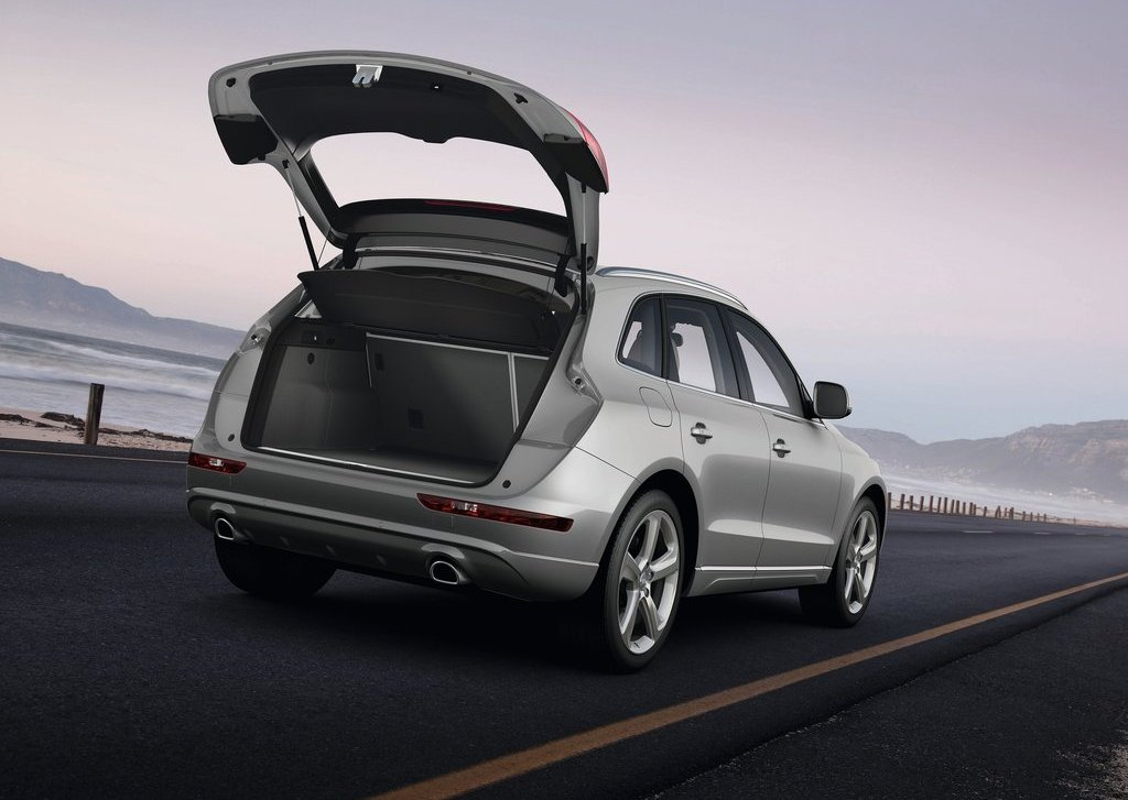2013 Audi Q5 Trunk (Photo 19 of 20)