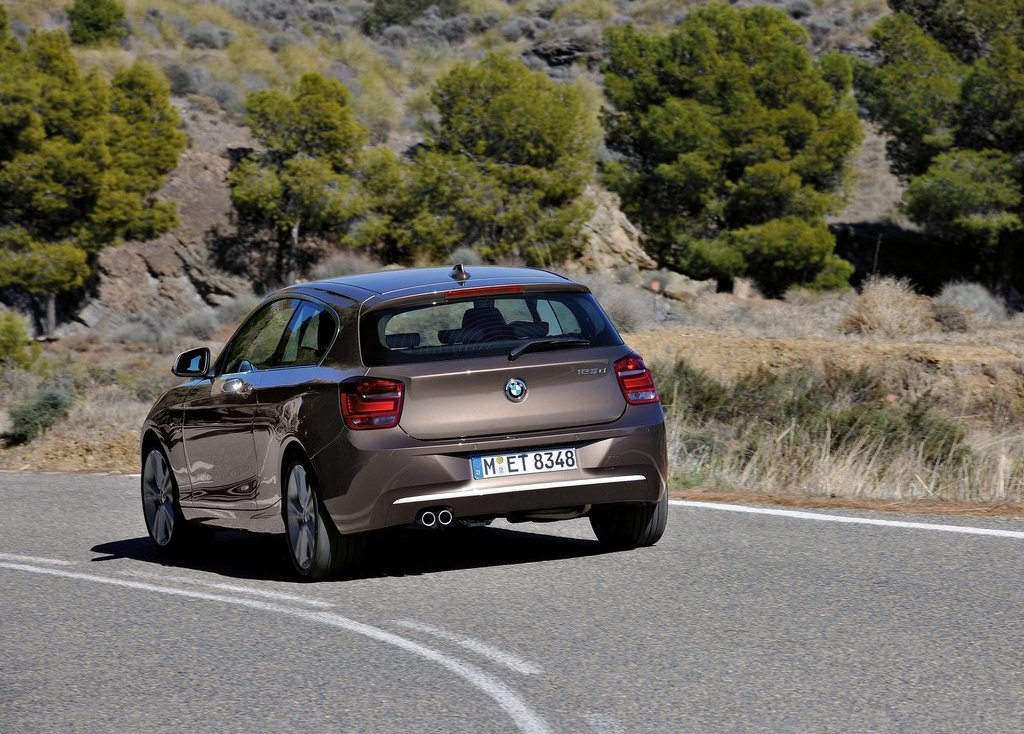 2013 BMW 1 Series 3 Door Rear Angle (Photo 5 of 7)