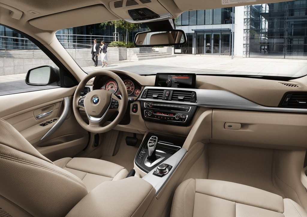 2013 BMW 3 Series Touring Interior (Photo 5 of 13)