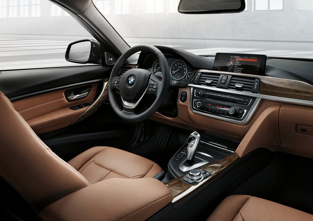 2013 BMW 3 Series Touring Interior (Photo 6 of 13)