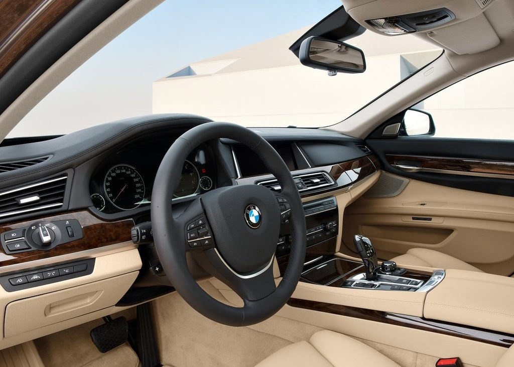 2013 BMW 750Li Dashboard (View 11 of 18)