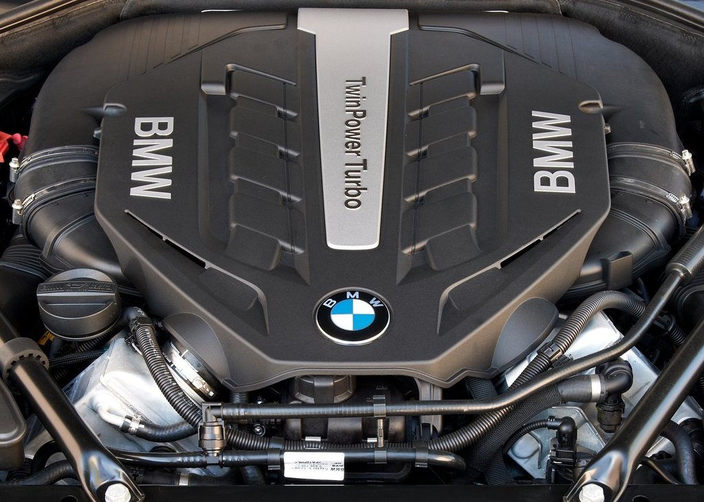 2013 BMW 750Li Engine (View 13 of 18)