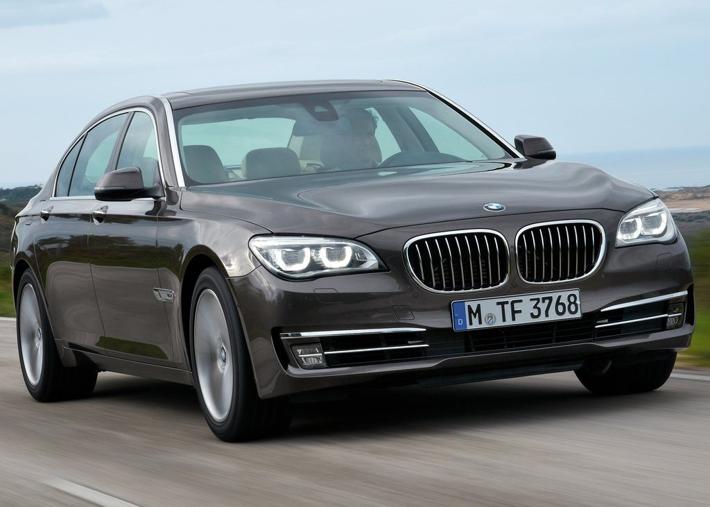 Featured Image of 2013 BMW 750Li Price Review