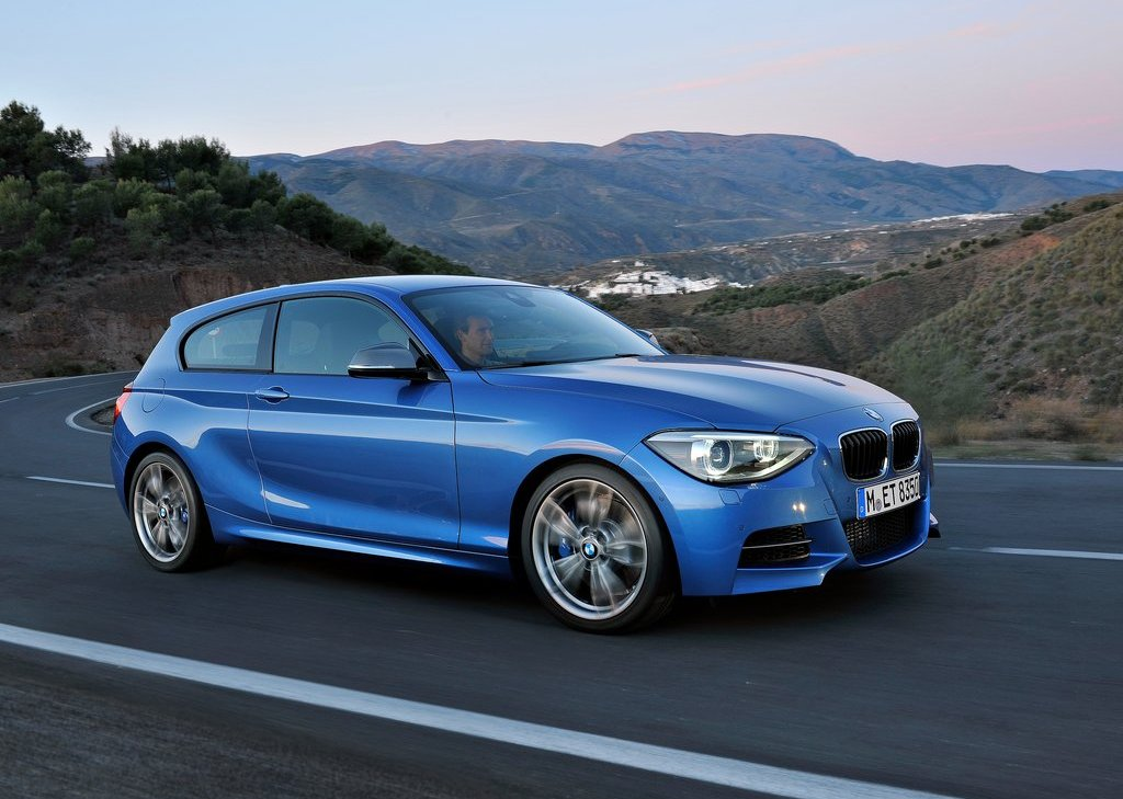 2013 BMW M135i Front Angle (Photo 4 of 11)