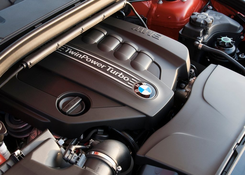 2013 BMW X1 Engine (Photo 5 of 25)