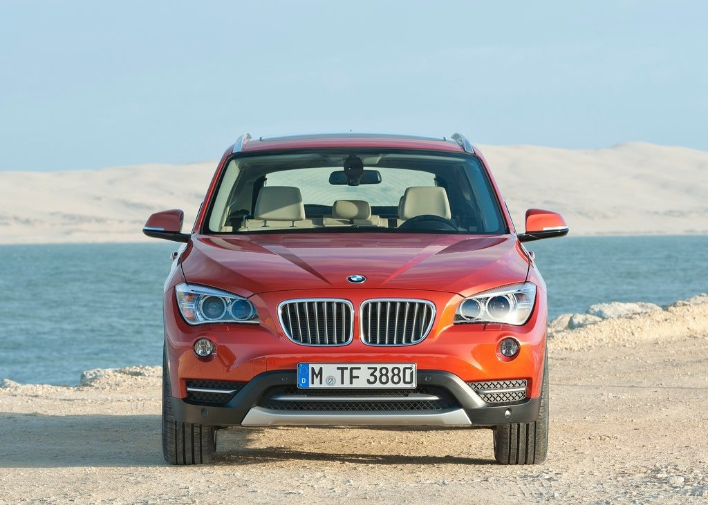 2013 BMW X1 Front (View 6 of 25)