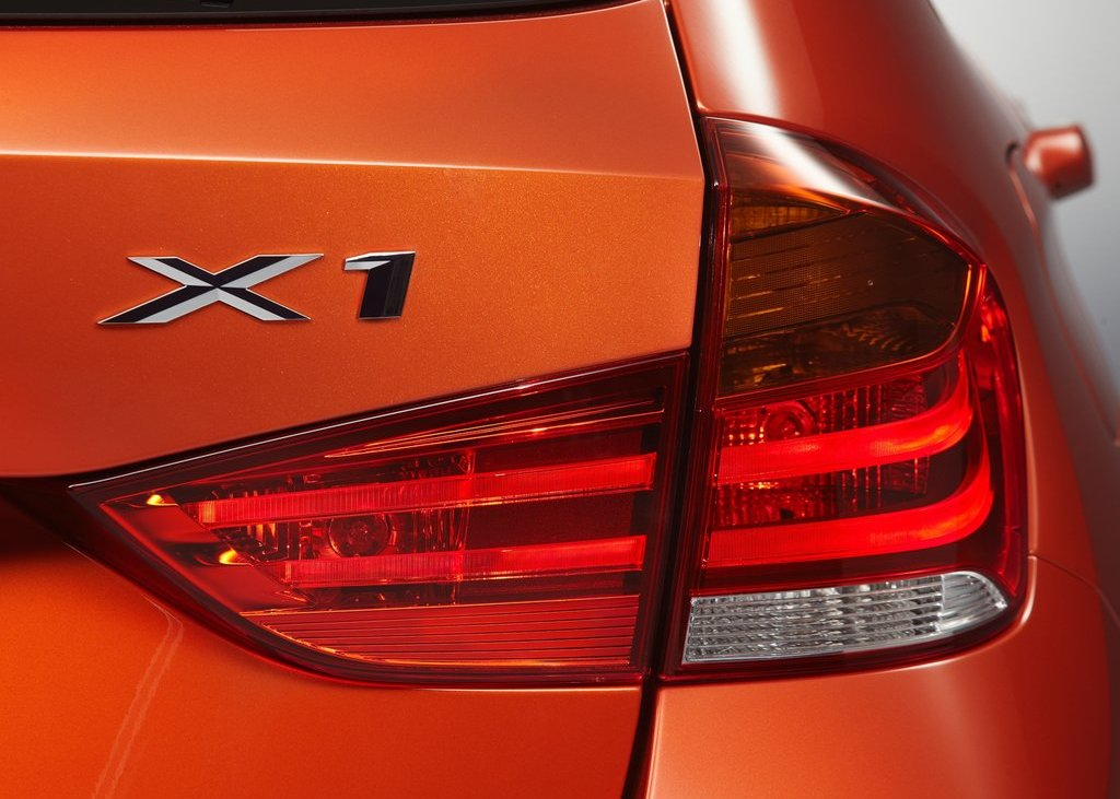 2013 BMW X1 Tail Lamp (Photo 22 of 25)