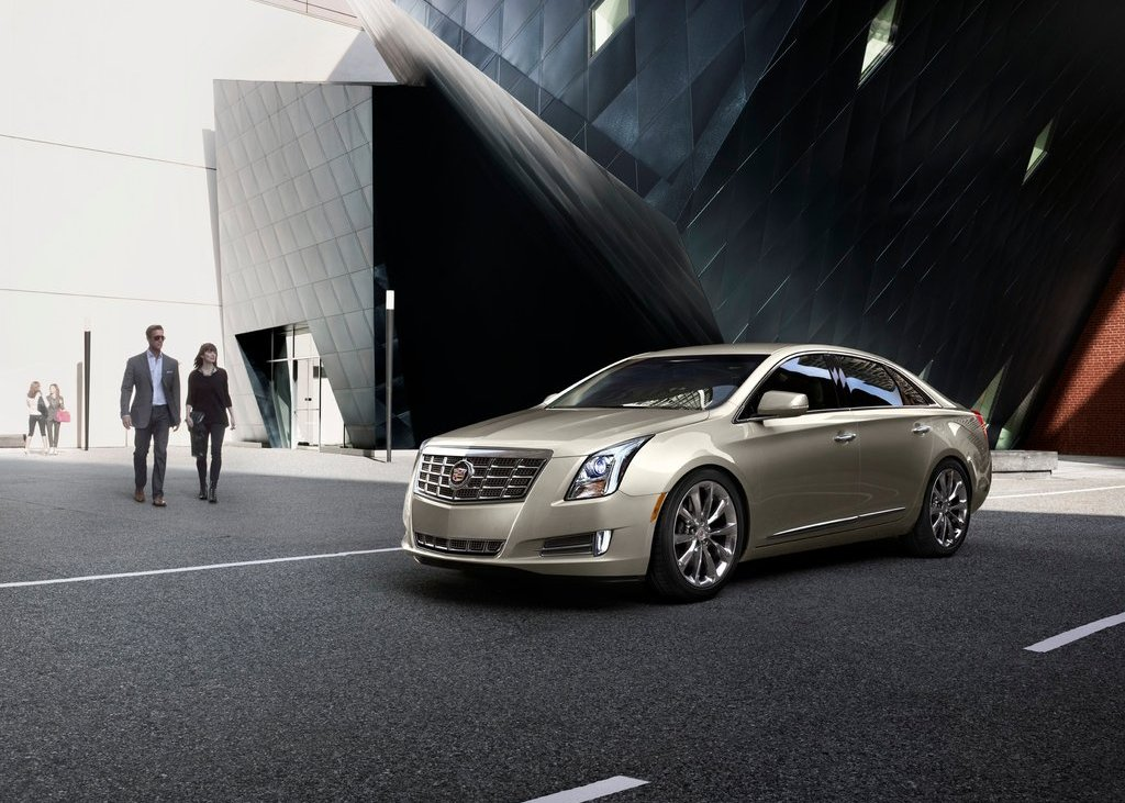 2013 Cadillac XTS (Photo 1 of 15)