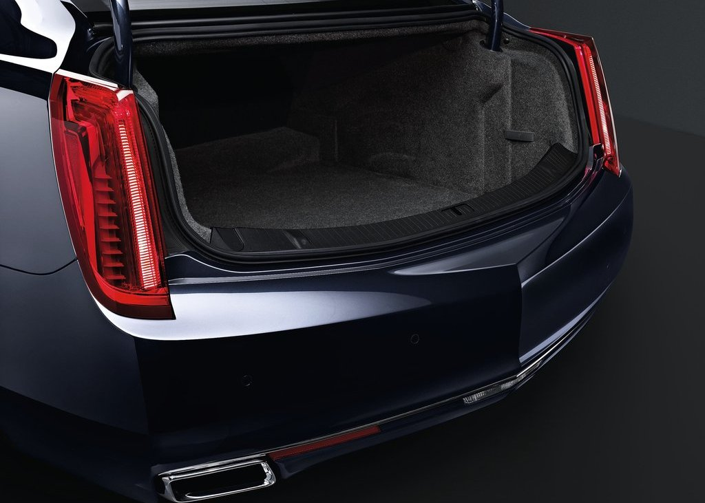 2013 Cadillac XTS Trunk (Photo 15 of 15)