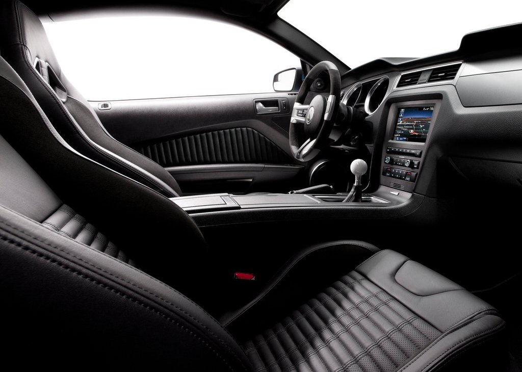 2013 Ford Mustang Shelby GT500 Dashboard (Photo 4 of 27)
