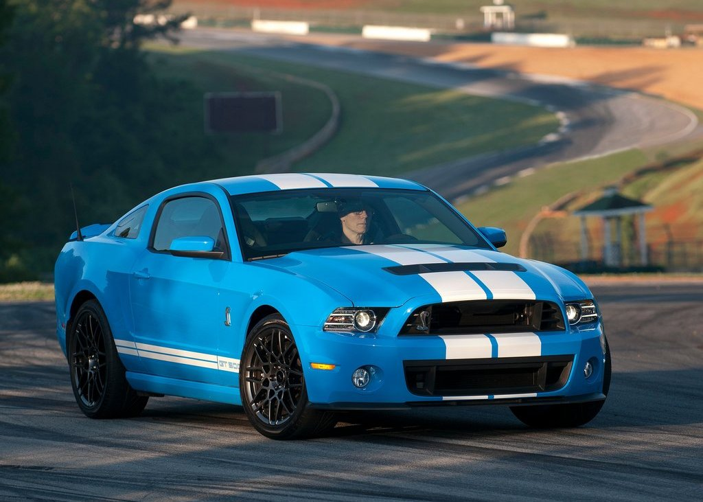 2013 Ford Mustang Shelby GT500 Front Angle (View 14 of 27)