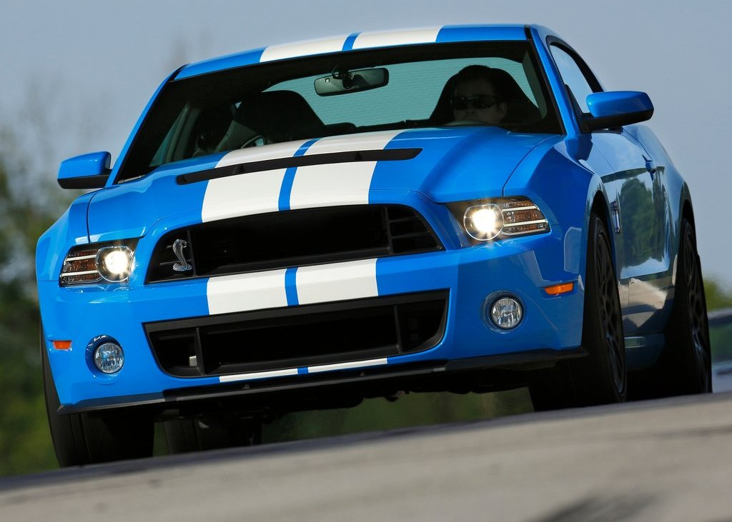 2013 Ford Mustang Shelby GT500 Front View (Photo 11 of 27)