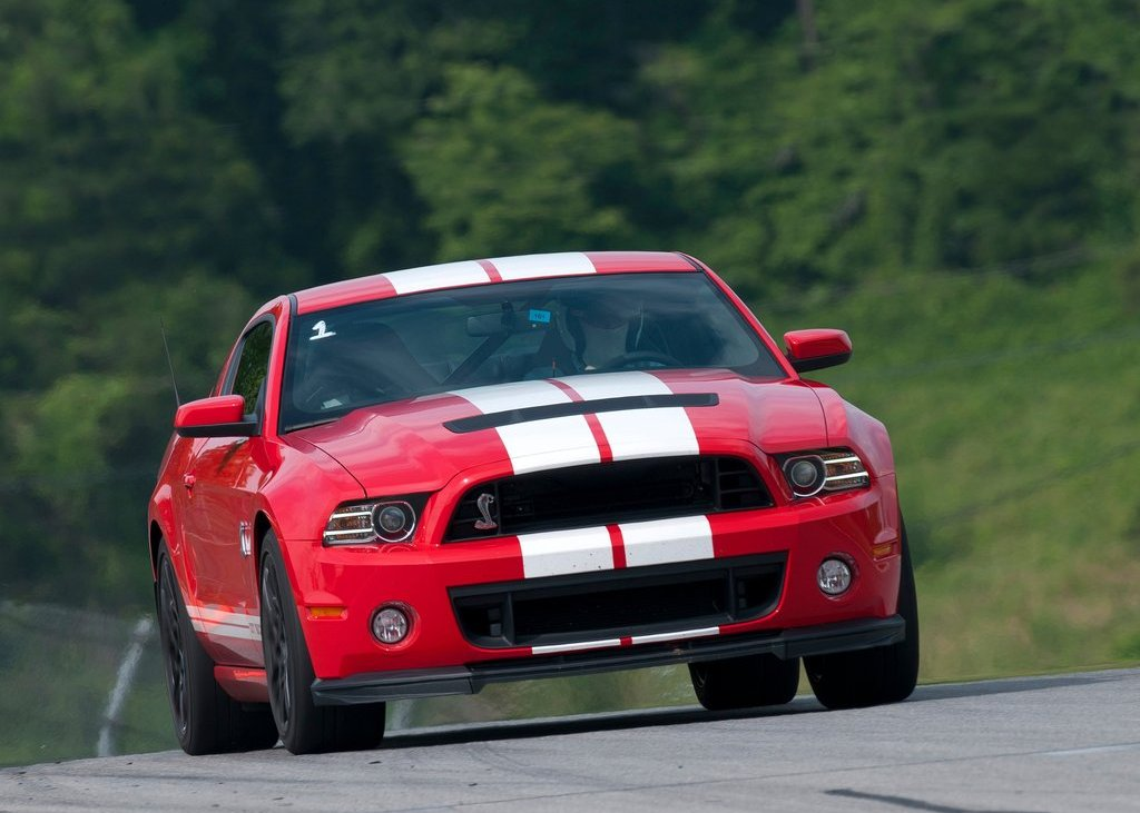 2013 Ford Mustang Shelby GT500 Front (Photo 6 of 27)