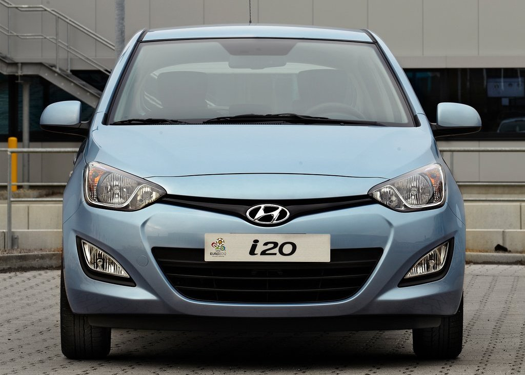 2013 Hyundai I20 Front (Photo 2 of 8)
