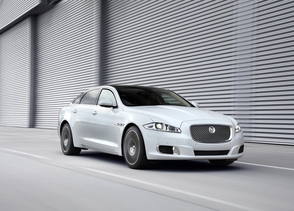 Featured Image of 2013 Jaguar XJ Ultimate Specs Review