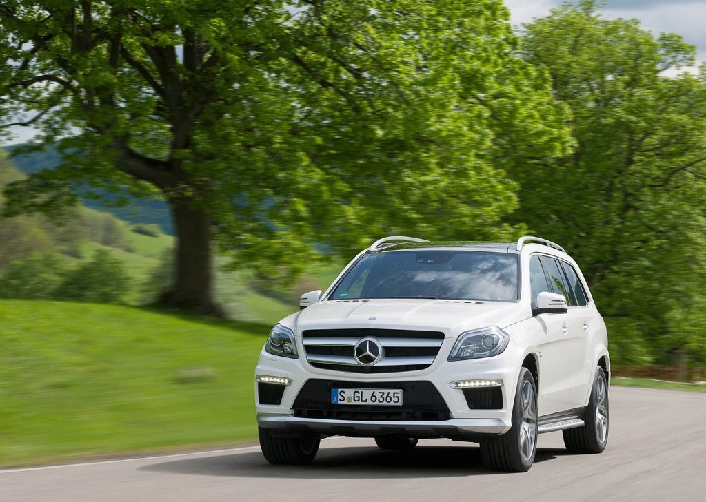 2013 Mercedes Benz GL63 AMG Front Angle (View 4 of 15)