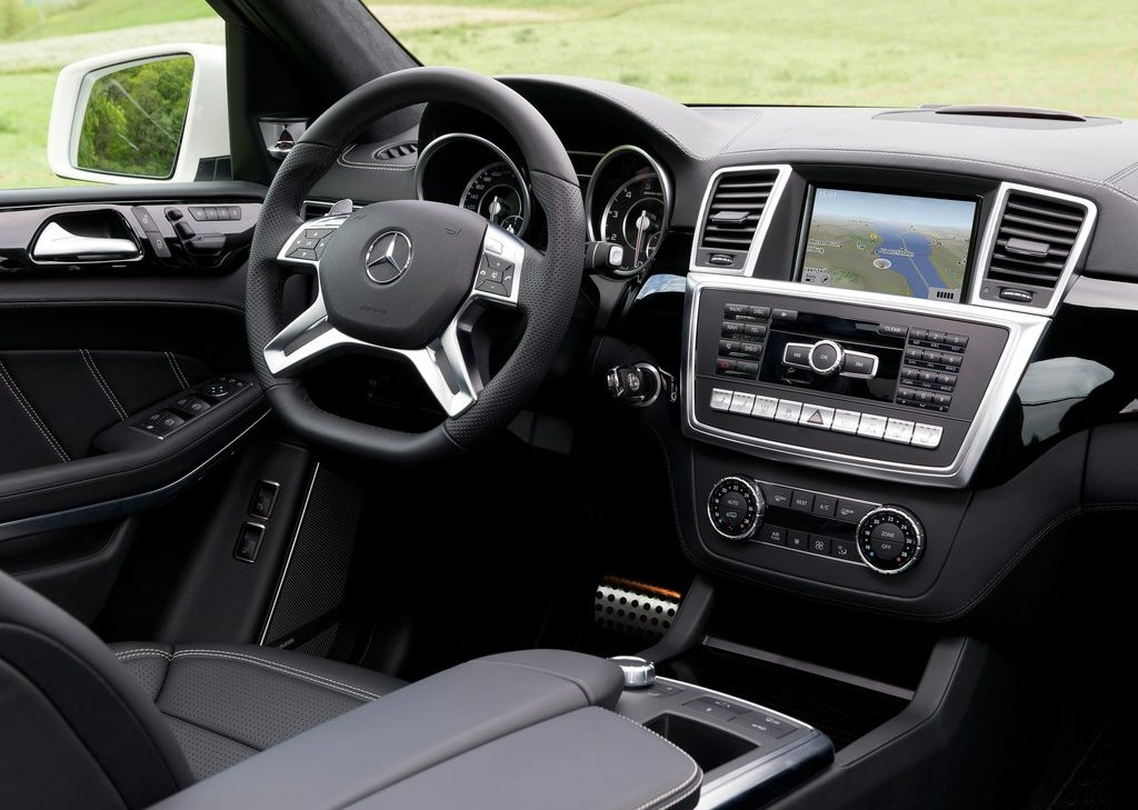 2013 Mercedes Benz GL63 AMG Interior (View 9 of 15)