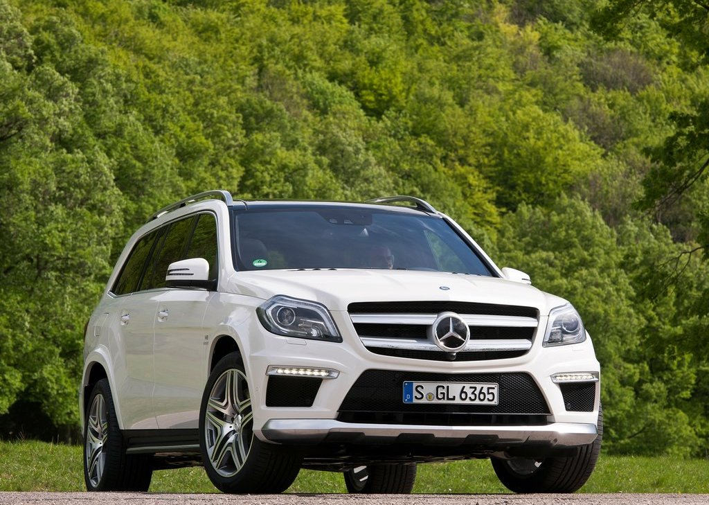 Featured Image of 2013 Mercedes Benz GL63 AMG Price Review