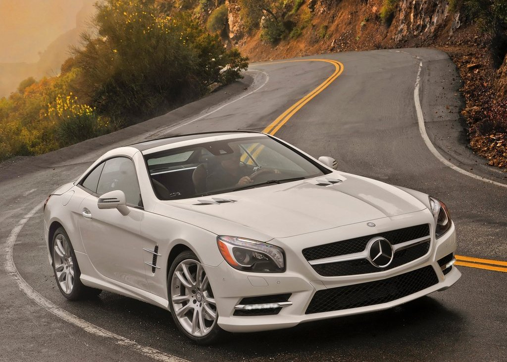 2013 Mercedes Benz SL550 Front Angle (View 15 of 18)