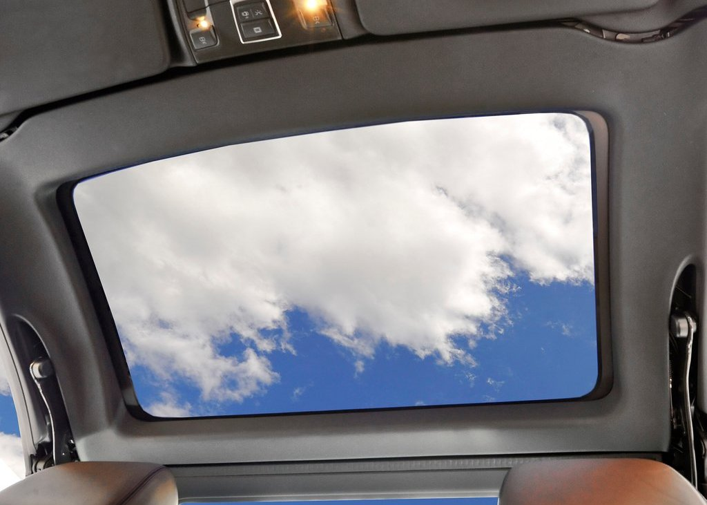 2013 Mercedes Benz SL550 Sunroof (View 6 of 18)