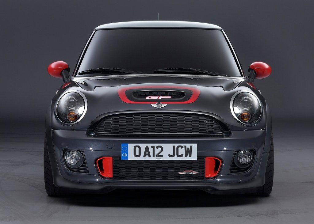 2013 Mini John Cooper Works GP Front (Photo 5 of 12)